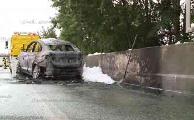 A23 - PKW Brand sorgt für Chaos von Wacken Rückreiseverkehr: Wacken Rückreiseverkehr - Pkw Brand auf A23 sorgt für Verkehrschaos